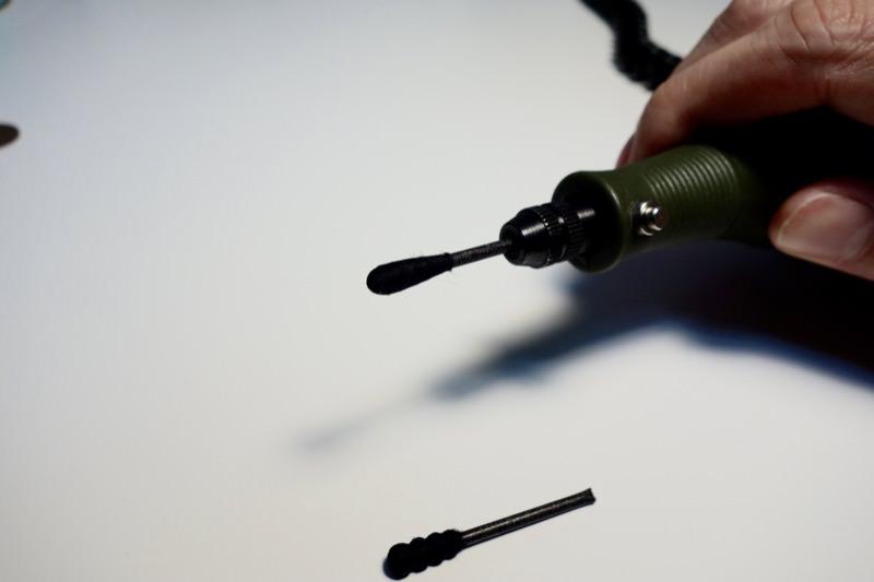 消す!プラスチックに印刷されたメーカーロゴを綿棒で簡単に剥がす方法22