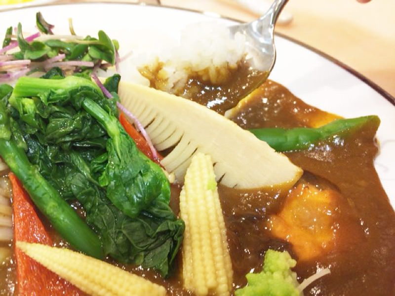 【美容】美味しいサンマルコの春野菜カレーはヒアルロン酸入り!?09